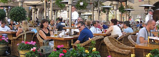 Praag_old-town-square-prague.jpg