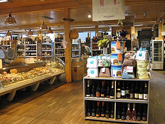 Praag_Italiaanse_wijnmarkt_2.JPG