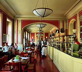 Praag_cafe-louvre-praag.jpg