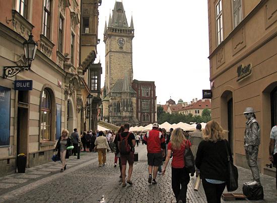Praag_celetna_shopping_4.JPG