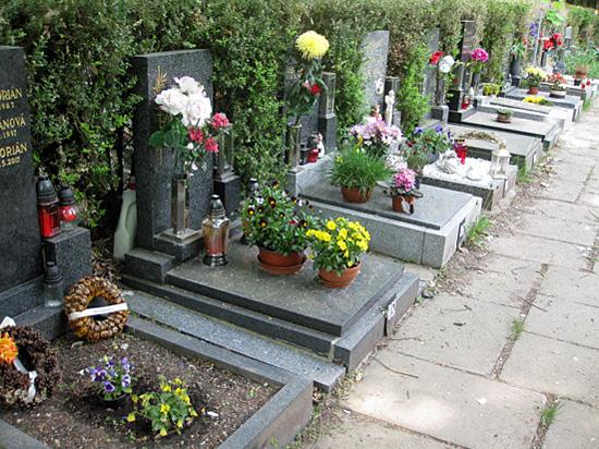 Praag_dablice_begraafplaats(2).JPG
