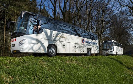 Praag_de-jong-intra-bus