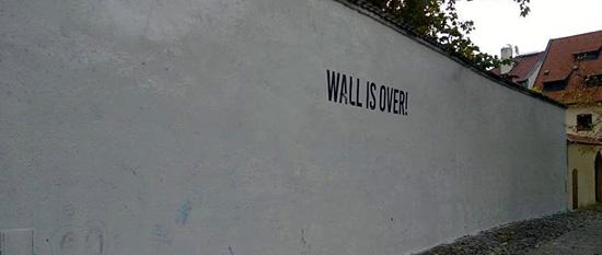 Praag_grafitti_lennonmuur.jpg