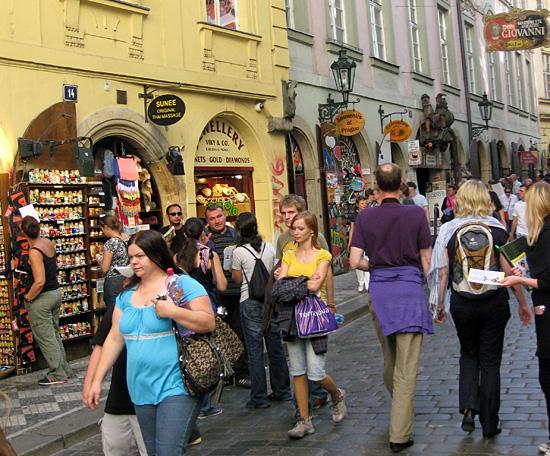 Praag_karlova_shopping_straat_praag.jpg