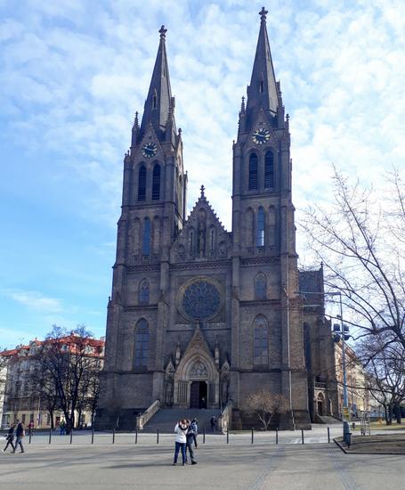 Praag_namesti_miru-kerk