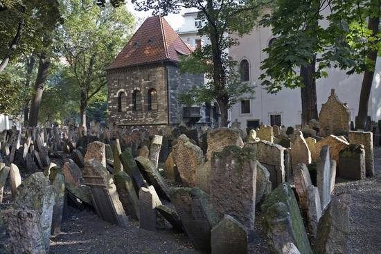 Praag_Old_Jewish_Cemetery_in_Josefov
