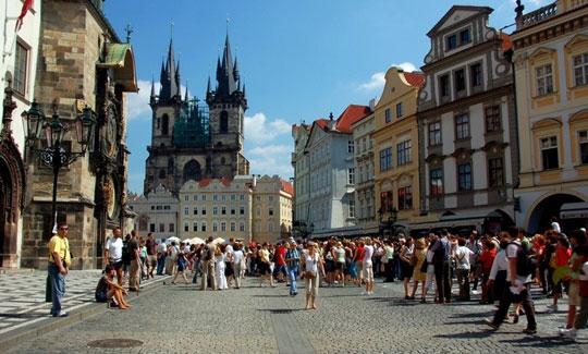 Praag_oude-stadsplein