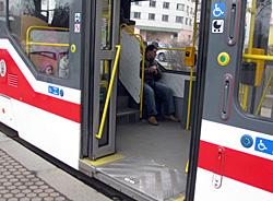 Praag_praag-openbaar-vervoer-lage-instap.jpg