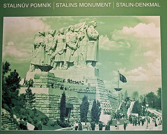 Praag_praag-stalin-monument-letna.jpg