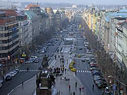 Praag_praag-wenceslas-square.jpg