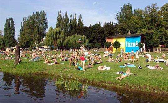 Praag_strand-moldau