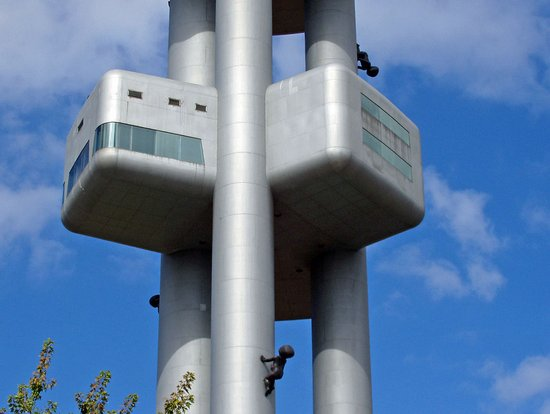 Praag_zizkov-tv-toren