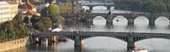 bruggen in praag over de moldau